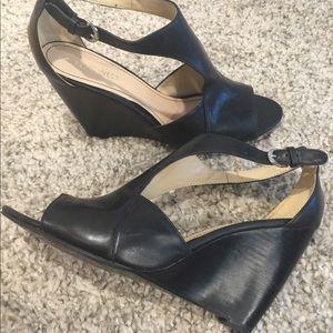 NINE WEST - black wedge peep toe sandals